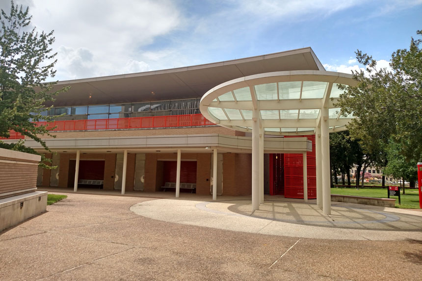 Science & Engineering Classroom Building