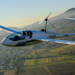 Image of an electric plane in flight